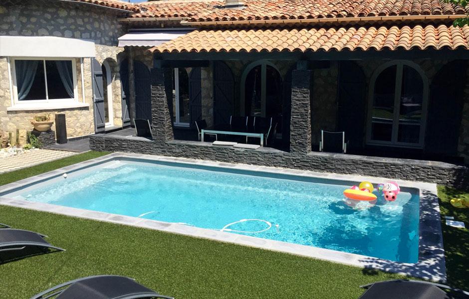 Quelle est la dur e de vie d 39 une piscine coque polyester for Entretien piscine nice