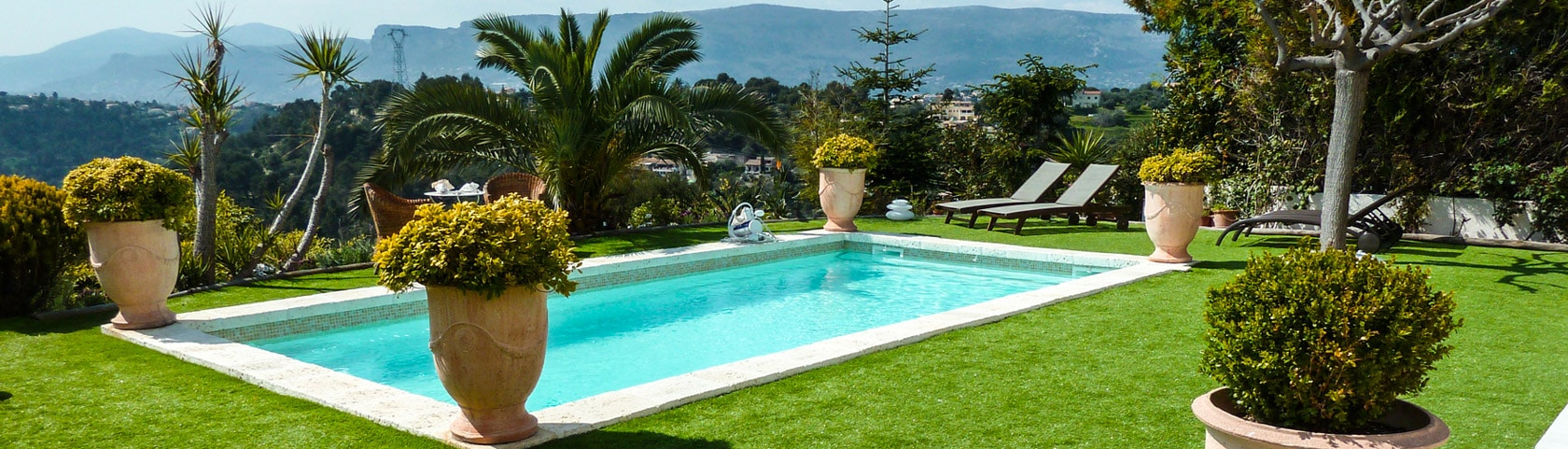 que savoir avant d 39 acheter une maison avec une piscine coque. Black Bedroom Furniture Sets. Home Design Ideas