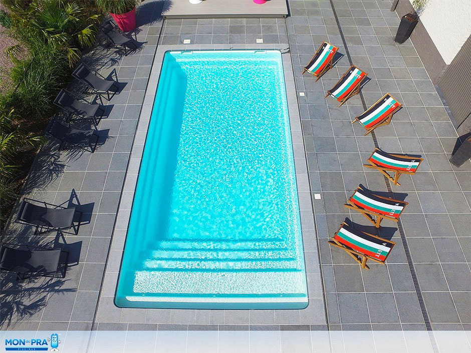 Spa piscines piscine coque polyester for Coque polyester pour piscine