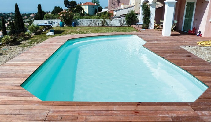 piscine-coque-polyester-nice-2