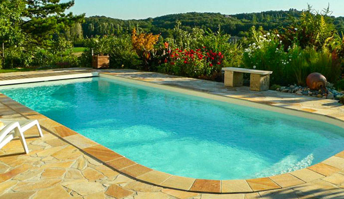 piscine-coque-polyester-nice-4